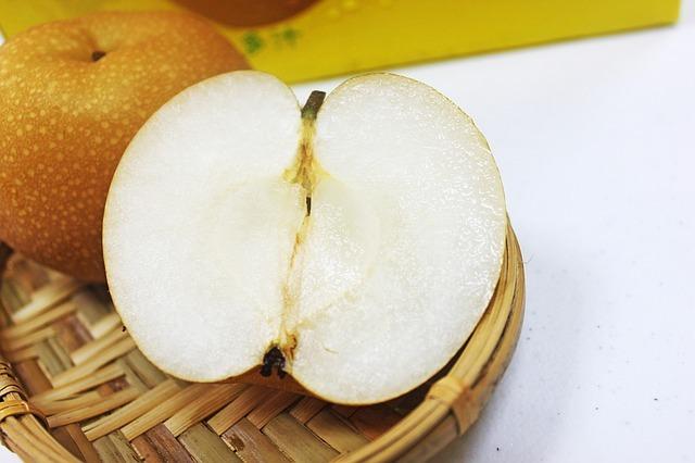 hsbc-pear-1511656_640