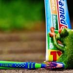 toothpaste-1446141_1280